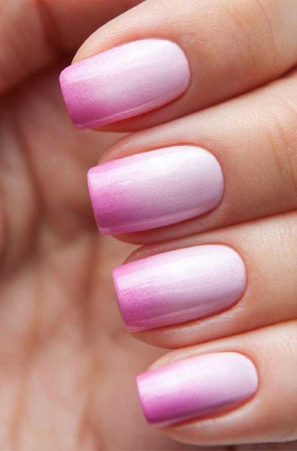 Manicure Ombre usando tonos claros