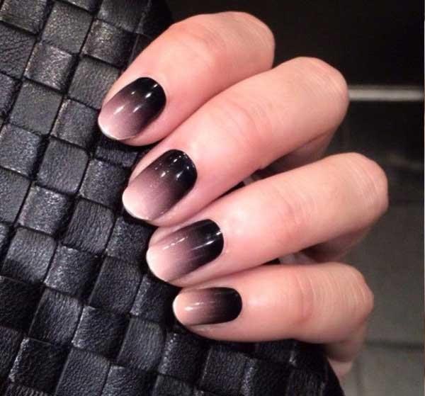 Manicure Ombre en negro